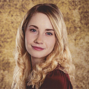 Photo of Sarah Collins